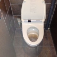 菊川市加茂 飲食店様洋式トイレ詰り修理