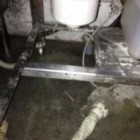 牧之原市店舗排水ホース水漏れ修理