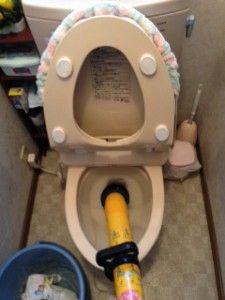 トイレ詰り修理 袋井市国本