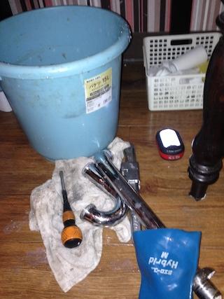 富士市厚原 手洗い排水詰り修理