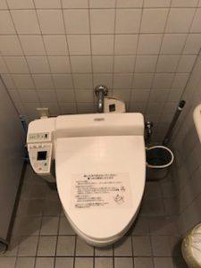 富士市上横割り 洗浄便座交換(作業前)