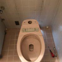 静岡市駿河区池田 洋式トイレ脱着作業