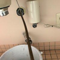 菊川市加茂 店舗手洗い排水トーラー作業