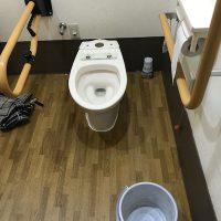 袋井市久能 洋式トイレ脱着作業