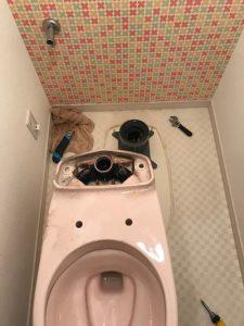 藤枝市清里 トイレ脱着作業