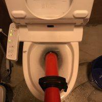 島田市 店舗洋式トイレ詰まり修理