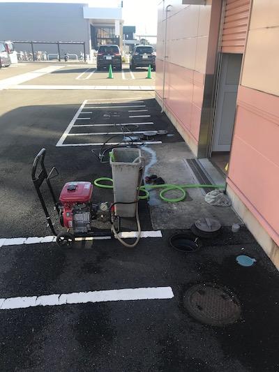 藤枝市高洲  高圧洗浄作業