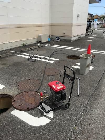 焼津市祢宜島  高圧洗浄作業