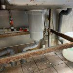 島田市 厨房排水管水漏れ修理